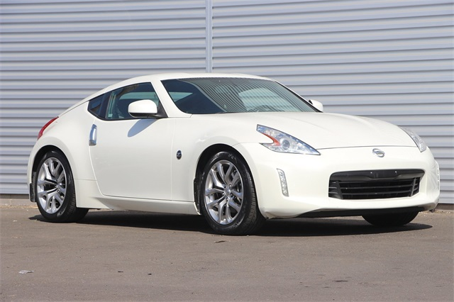 Pre-Owned 2013 Nissan 370Z Base